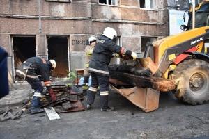 Рятувальники вважають, що у згорілій будівлі коледжу в Одесі живих немає