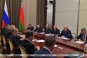Лукашенко на переговорах з Путіним: Ми просимо не дешевий газ, а рівні умови