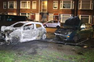 В Гааге сожгли машины из-за запрета новогоднего костра