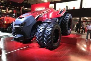 На выставке в Ганновере показали беспилотный трактор