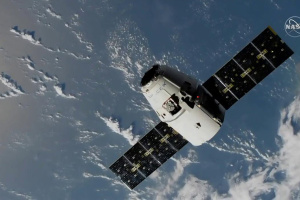 Космический грузовик Cargo Dragon успешно состыковался с МКС