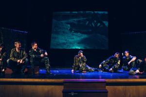 В Оттаві показали виставу про Іловайськ