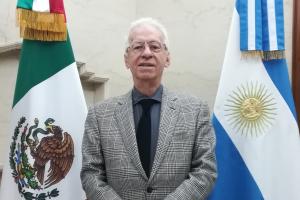 Мексика відкликає посла з Аргентини через крадіжку книги про Казанову