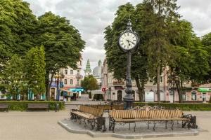 Часы в Тернополе стали лидерами по туристическому сканированию