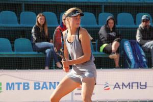 Шошина і Снігур пройшли кваліфікацію 100-тисячника ITF у Дубаї