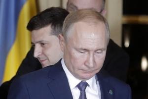 「メディアの人気者」ゼレンシキー氏は、プーチン氏にとっての「挑戦」である=独報道