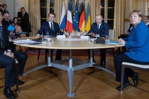 Зеленский подтвердил, что действительно пожал руку Путину