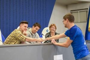 """Вербич і Де Пена зустрілися з уболівальниками на стадіоні """"Динамо"""""""