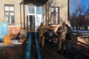Діаспора та волонтери передали чергову партію гумдопомоги на Донбас