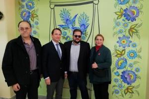 В Греції презентували проєкт «Петриківський квіт в Афінах»