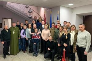 Сущенко, Гриб и другие: в Латвию на реабилитацию отправились бывшие политзаключенные