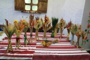 Українці в Будапешті виготовляли різдвяних дідухів