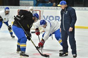 Стал известен состав сборной Украины на молодежный ЧМ по хоккею в Киеве