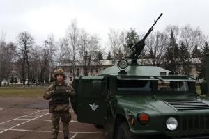 Десантно-штурмовая бригада показала технику, которую используют в ООС