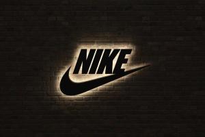 Nike запатентував кросівки з блокчейном