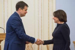 Dmytró Razumkov se reúne con la Secretaria General Adjunta de Asuntos Políticos y de Consolidación de la Paz