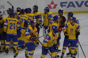 Украина обыграла Польшу на молодежном ЧМ по хоккею