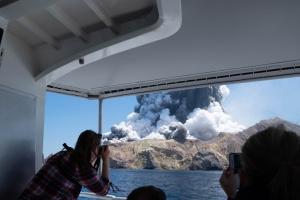 У Новій Зеландії зросла кількість загиблих унаслідок виверження вулкана