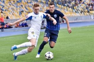 """""""Динамо"""" обіграло """"Десну"""" і повернулося на друге місце у футбольній Прем'єр-лізі"""