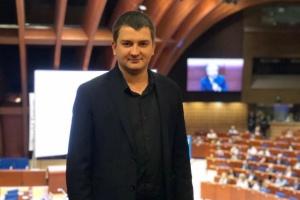 """Депутат от """"Слуги народа"""" заявил о нападении неизвестных в балаклавах"""