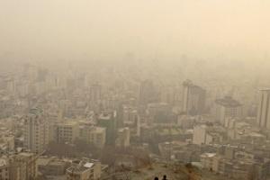 В Иране из-за смога закрыли десятки школ, грузовики не пускают в столицу
