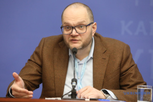 Бородянський: Іномовлення не закрито, воно переформатовується