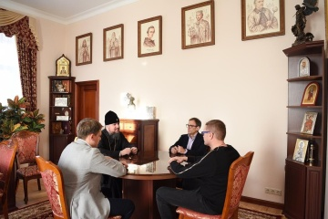 Beziehungen zwischen Konfessionen, Krim, Donbass: Metropoliten Epifanij trifft sich mit SBU-Chef Bakanow