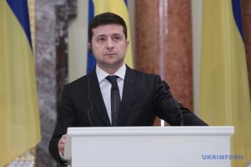 Zełenski poprosił Szwecję o pomoc w odbudowie infrastruktury Donbasu