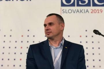 Sentsov à l'OSCE: je ne comprends pas comment les Européens peuvent faire confiance à la Russie