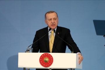 Erdogan w poniedziałek przybędzie na Ukrainę