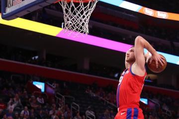 """Михайлюк заробив 8 очок у матчі НБА """"Нью-Орлеан"""" - """"Детройт"""""""
