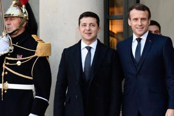 Zelensky, Macron to meet in Paris on April 16 - media