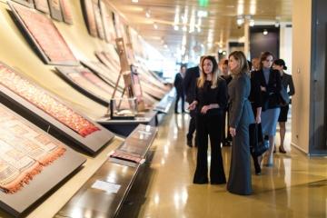 Olena Zelenska a visité un centre culturel et éducatif ukrainien à Bakou