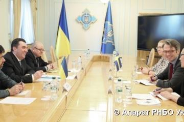 NSDC secretary, Swedish ambassador discuss security cooperation