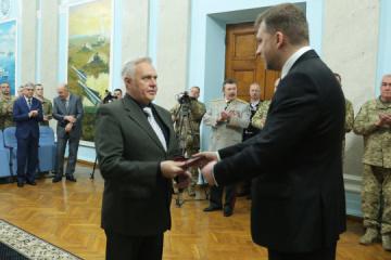 Zahorodniuk presents state awards to Ukrainian military