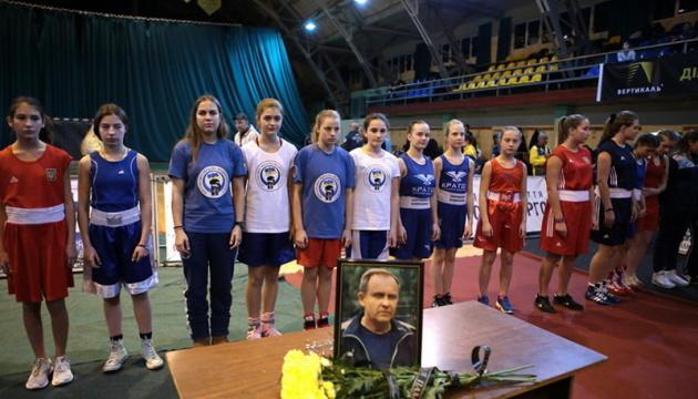 Молодь Івано-Франківщини перемогла на чемпіонаті України з боксу