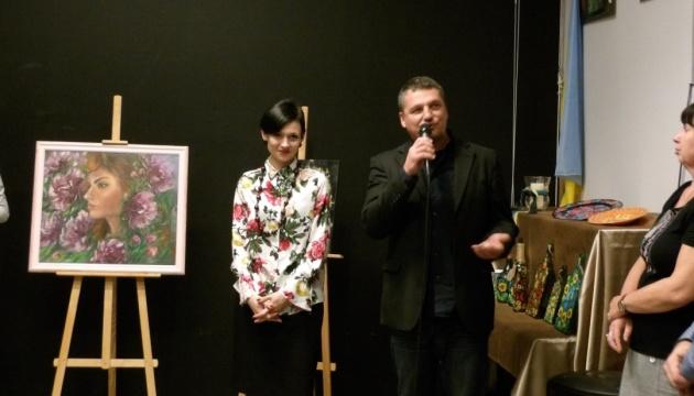 «Серце в квітах»: у Гданську триває виставка української мисткині Марти Зварич