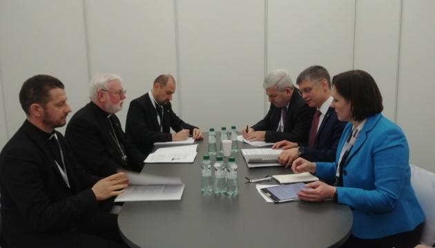 Пристайко встретился с секретарем Ватикана — говорили об освобождении политзаключенных