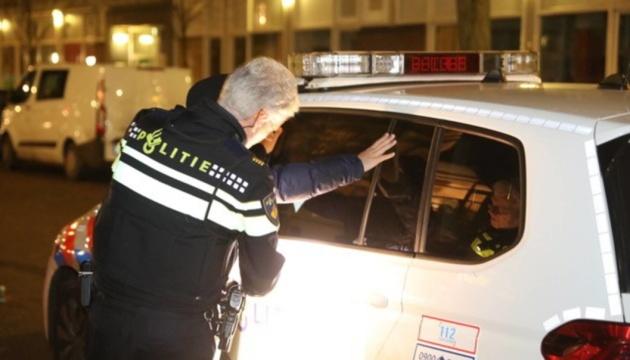 У Гаазі не вщухають заворушення: поліція затримала 19 підлітків