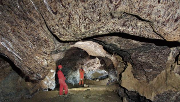 Найдовша у світі гіпсова печера на Тернопільщині матиме свій кемпінг