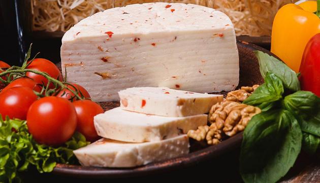 Гуцульська бриндзя: ентузіасти справи та майбутнє унікального сиру