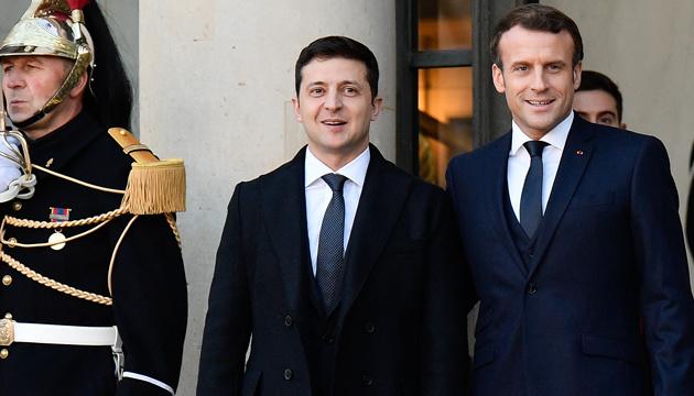 ОП офіційно анонсував візит Зеленського у Францію