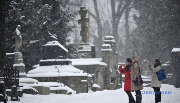 Вход на Лычаковское кладбище подорожает