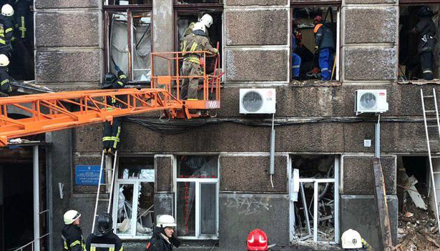 Одесская ОГА выделила более 2 миллионов пострадавшим и семьям погибших в колледже