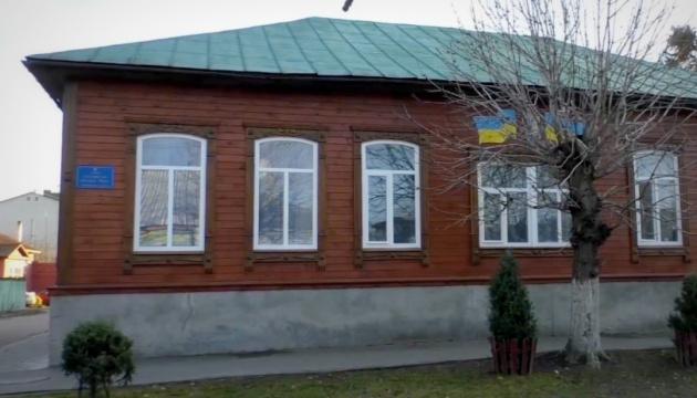 В  громаде на Черниговщине устанавливают уличные фонари на солнечных батареях
