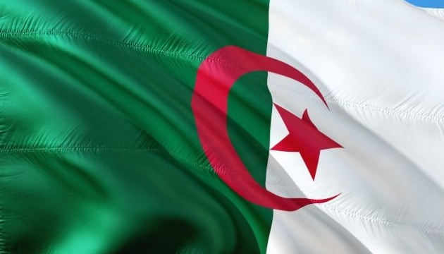 Алжир ожидает извинений от Франции за колониальное прошлое