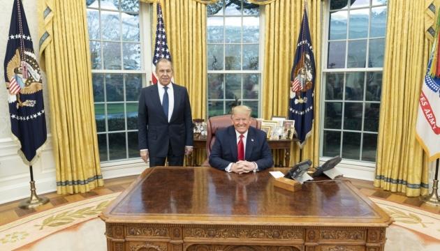 Трамп пообещал развить диалог с Россией
