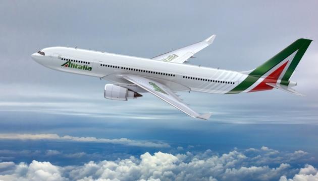 Італійська авіакомпанія скасувала понад 300 рейсів через страйк