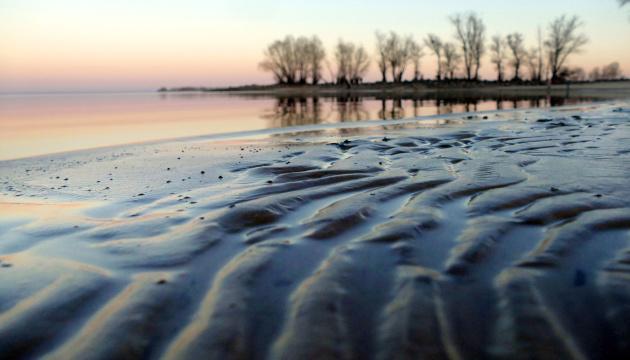 Пестициды, химикаты и наркотики: в украинских реках впервые провели скрининг