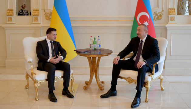 Ukrainian, Azerbaijani presidents meet in Baku